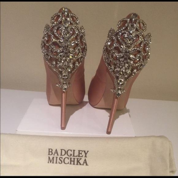 3232b06f69 Badgley Mischka Shoes   Karolina Size 85 Color Rose   Poshmark